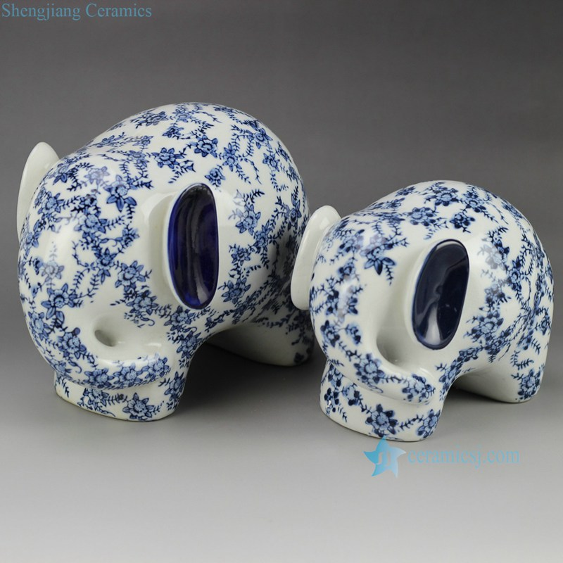 RYPU30 Blue and white big and small elephants ceramic sculpture figurine