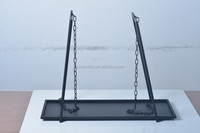 11A209 Small dangling black mat metal with chains candle holder