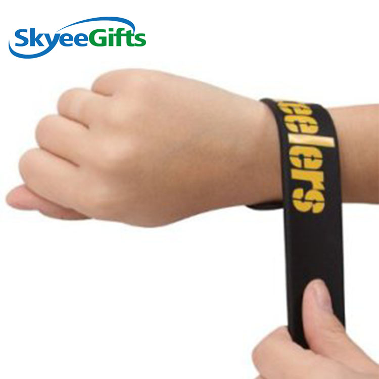Fashion Style Customized Flexible Silicone Mexico Wristband