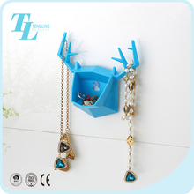 Wall mounted colorful cute design hanging organizer ring display jewelry