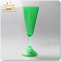 China Factory Wholesale Plastic LED Champagne Glass glow light flashing tableware drinking glass