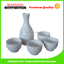 Pure White Glazed Ceramic Sake Bottle with wineglasses for Japanese style shop