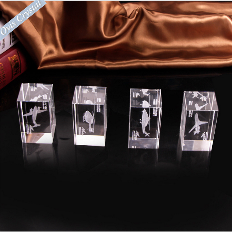 Custom deisgn air port plane souvenir gift 3d laser engraved crystal glass cube with black gift box