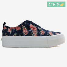 New model girls beautiful flower printing art canvas shoes ladies fashion design rubber sole casual cotton lining sneakers