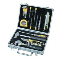 17pcs hand tool set with aluminum case