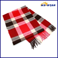 HZW-13309001 fashion unisex red and balck checked new design hand knit wool shawl