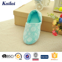 China latest girl ladies footwear pictures design