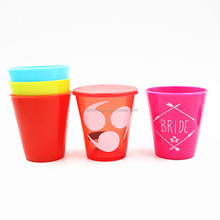 2OZ reusable customized plastic wine glass with lid