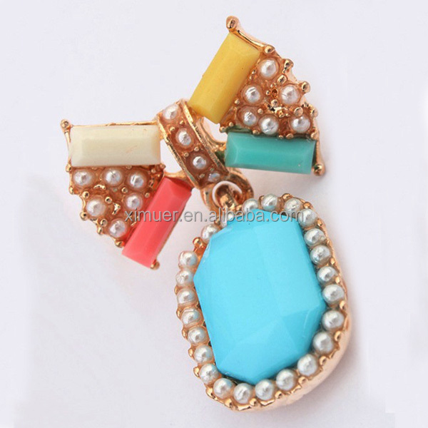 2014 latest design fashion ladies pearl resin earrings