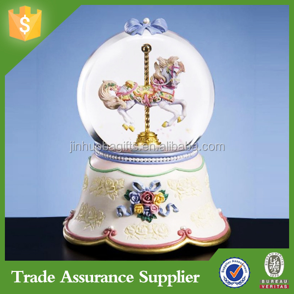 Resin Crafts Decorative Snow Globe Souvenir Gift Wedding Gift
