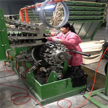 Automatic Bicycle Tyre Spring Turn-up Building Machine with PLY Servicer / forming making machine