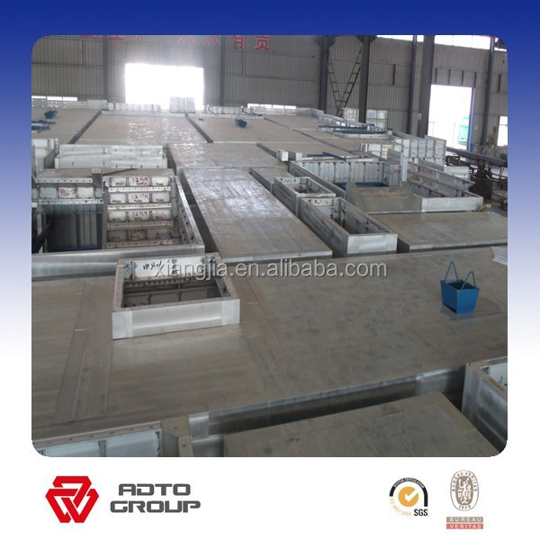 Ceiling panel insulated concrete formwork