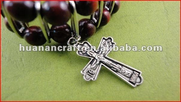 religious rosary crucifix cross statue keychain pendant wooden beads souvenir chocolate gift wrapping paper