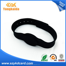 Powerful 125khz EM4200 printing Manufacturer costom design silicon rfid wristband with free samples