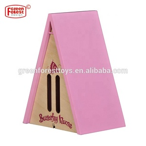 Wholesale Wooden Triangle Wood Butterfly House for Kids Outdoor Toys