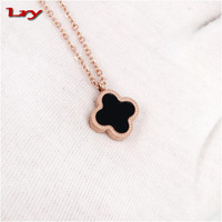 Four Leaf Clover Plant Pendant 18 k Rose Gold Collar Bone Titanium Steel Jewelry Chain Necklace