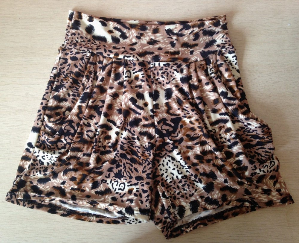 Spandex ladies shorts for summer hot selling in US stretched shorts with printing