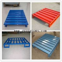 Iron logistic pallet for vegetable storage