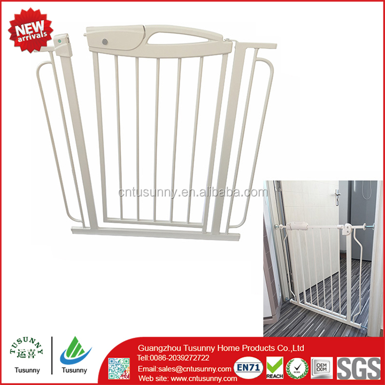 suppior quality Stainless steel baby stairs gate/child safety new design iron gate