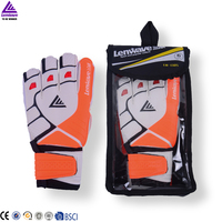 Lenwave brand football glove manufacturer new model high quality goalkeeping gloves football glove