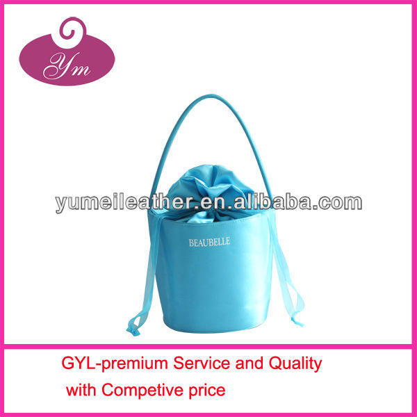 2013 lady`s casual design satin cosmetic bag with printed ribbon