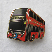 Custom design soft enamel lapel pins gold plated double bus red color souvenir gifts for company free shipping