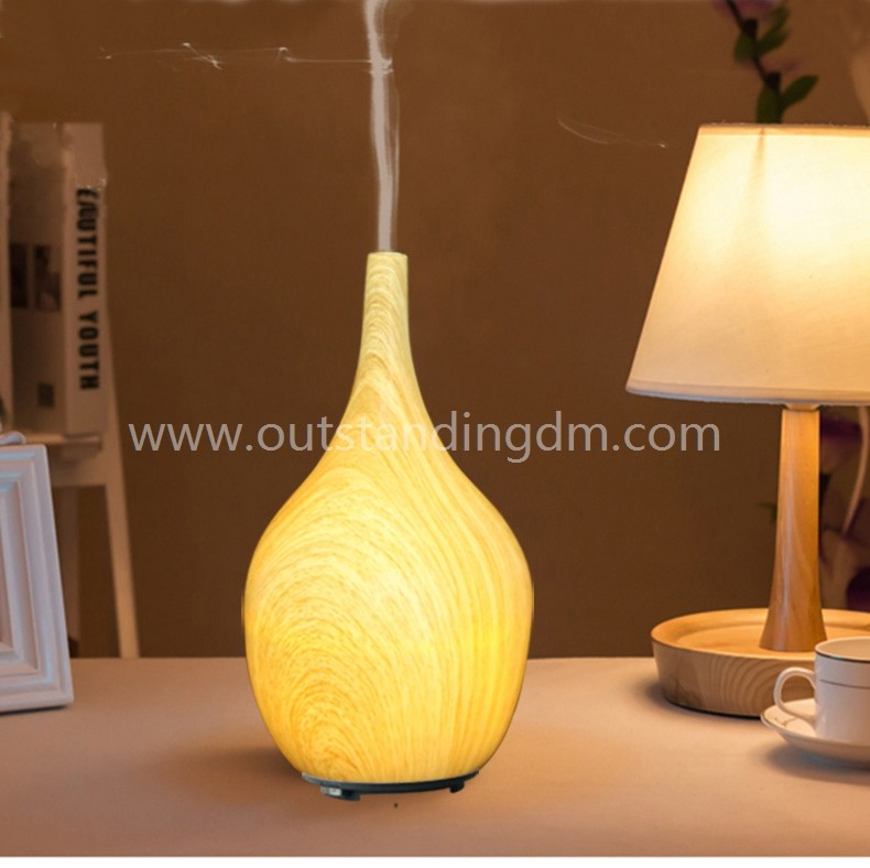 Portable Essential Aroma Diffuser With Ceramic Shade And Wood Grain Essential Oil