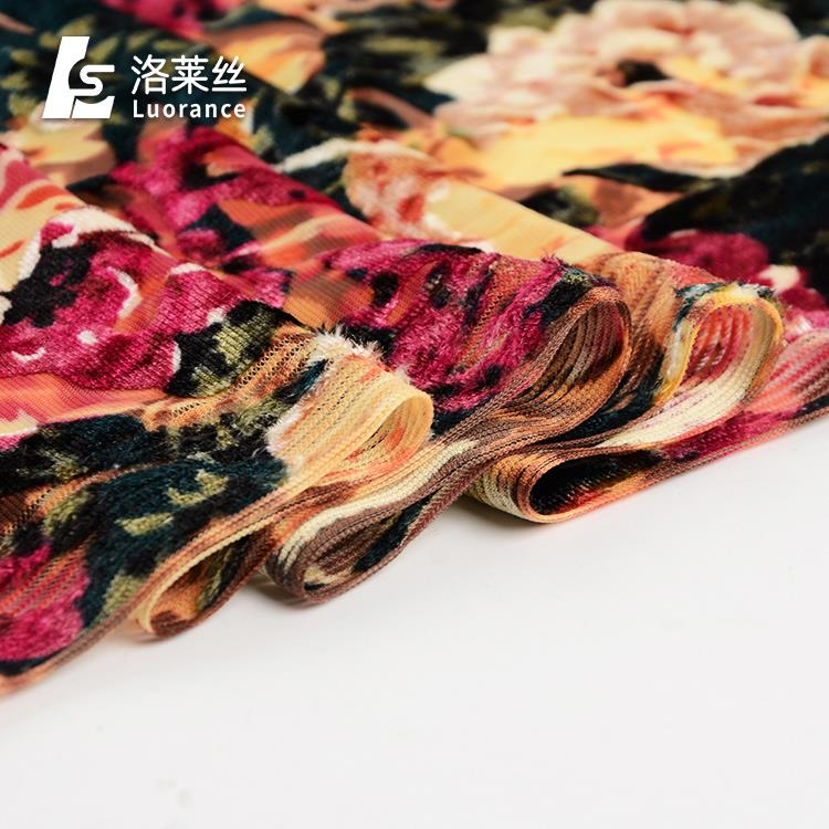 Modern style flower pattern dyed burnout silk spun velvet fabric