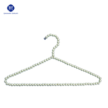 The newest plastic beaded pearl clothes hanger for fabric samples