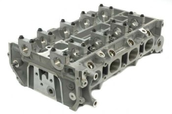 Commercial Heavy Duty Truck Engine Cylinder Head