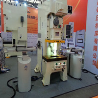 Precision 4 axis stamping robot made in China