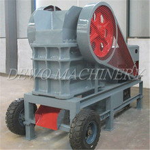 Portable limestone diesel engine jaw crusher made in China price