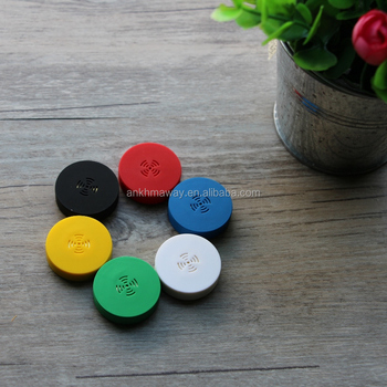 Cheap Price Tiny iBeacon Bluetooth 4.0 Tracker With Mobile Application