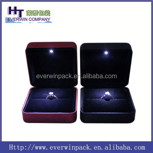 Hot sale !!! Luxury and high-end LED light ring case ,ring boxes