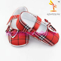 Check pattern baby girls shoes with bowtie decoration