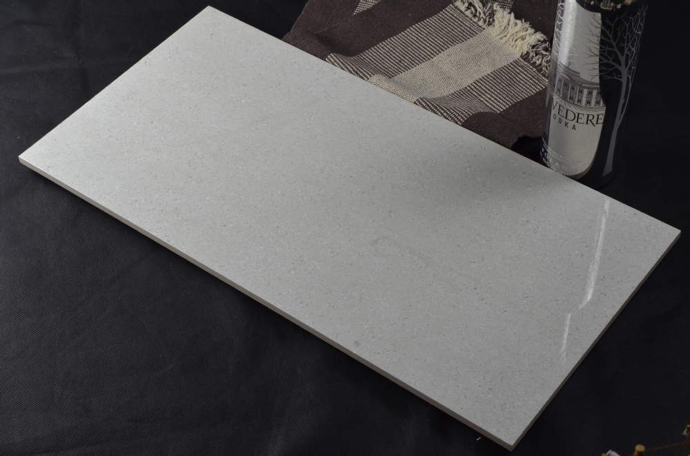 light grey bathroom tile made in china