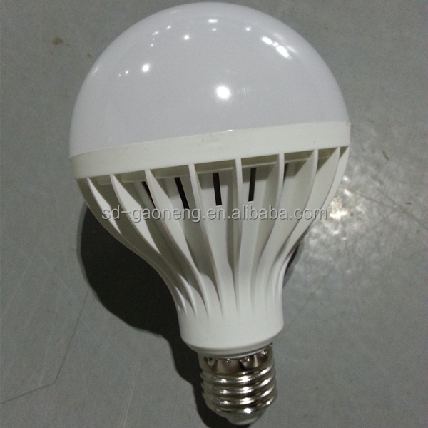 220V industrial or showroom high quality white America and middle east 12W PC material LED bulb