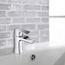 Single Hole Mounted Chrome Plated Hand Wash Bathroom Sink Faucet