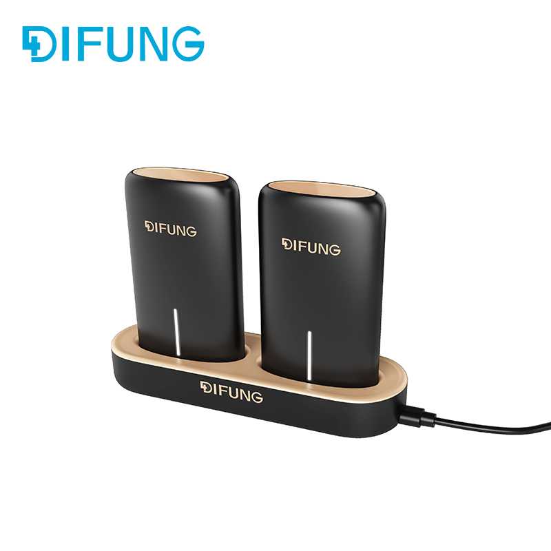 2017 new products 2 x 5000mAh power charging station for family