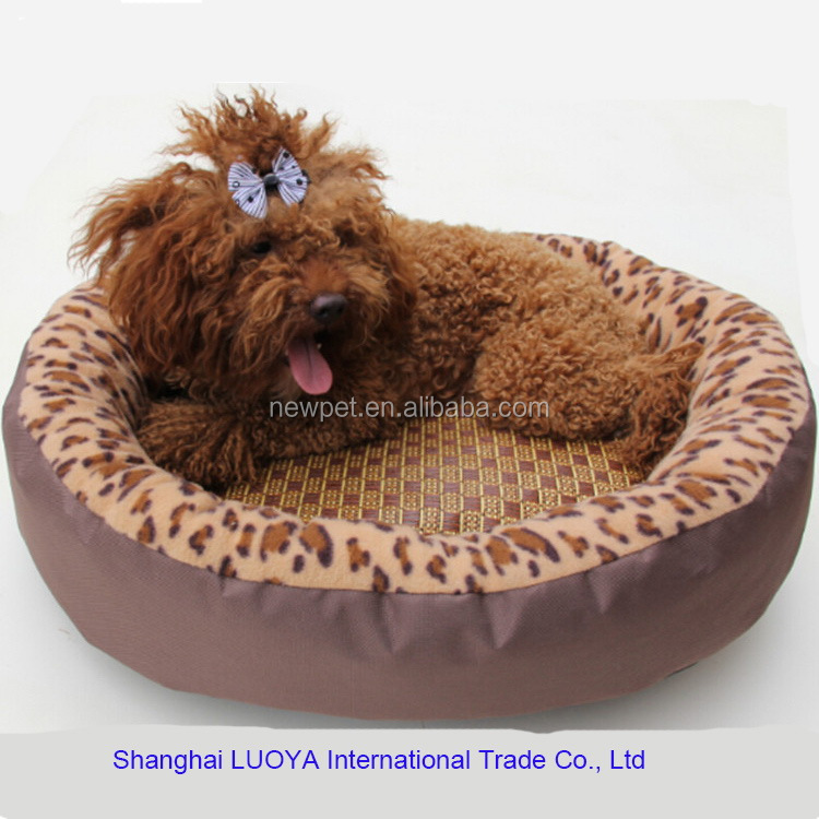 Custom wholesale fashionable best oval shaped leopard willow dog bed baskets for sleeping