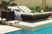 Cheap Patio Waterproof rattan double sun lounger beds