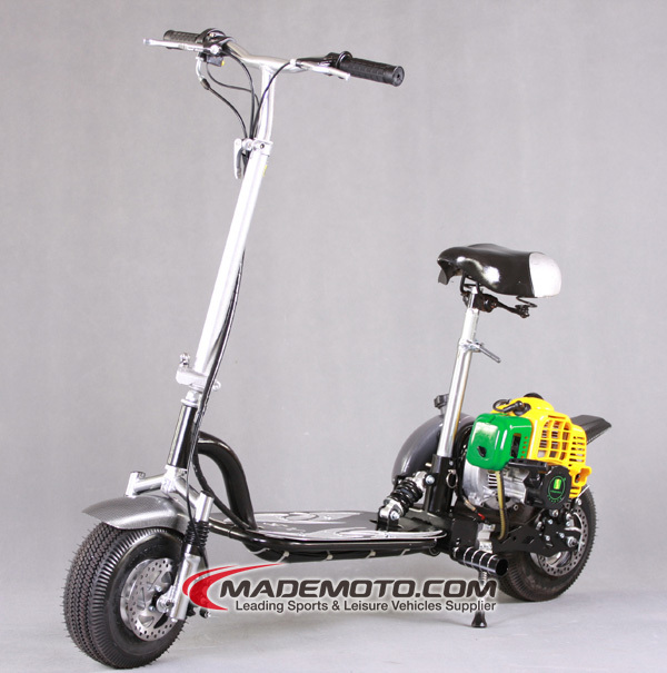 49CC Gas Scooter with Improved Features