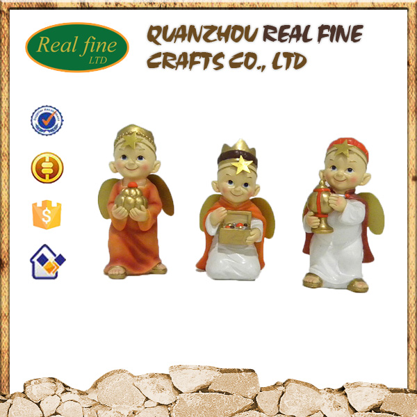 Custom resin three cartoon baby kings for home decoration