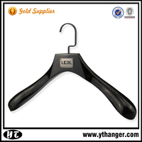 IMY-196 black wooden grand hanger wholesale