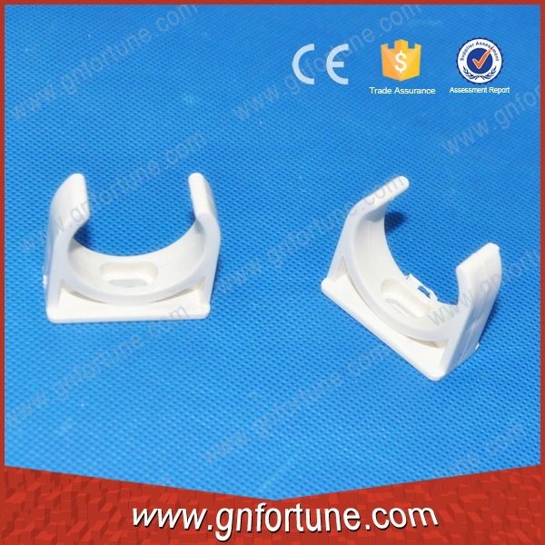 High quality 20mm 25mm plastic pipe saddle clamp