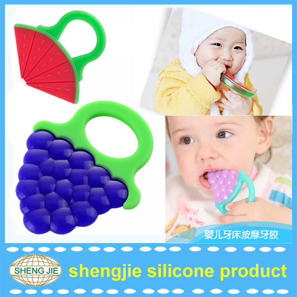 China 100% safe funny baby chewing toys colorful fruit teether toys for babies 3-12month