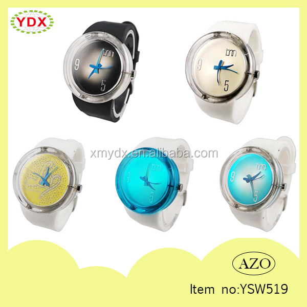 2015 New products water resistant durable silicone man watches