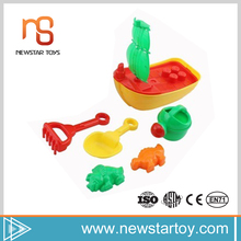 2016 new trendy products sand plastic toy small ship for sale