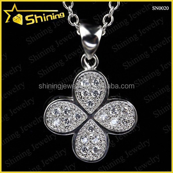 Womens 925 sterling silver cz micro pave good luck four leaf clover pendant necklace