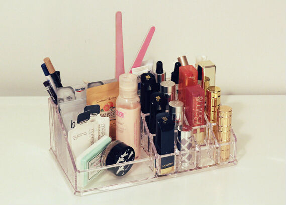 Wholesale plexiglass makeup holder acrylic lipstick display